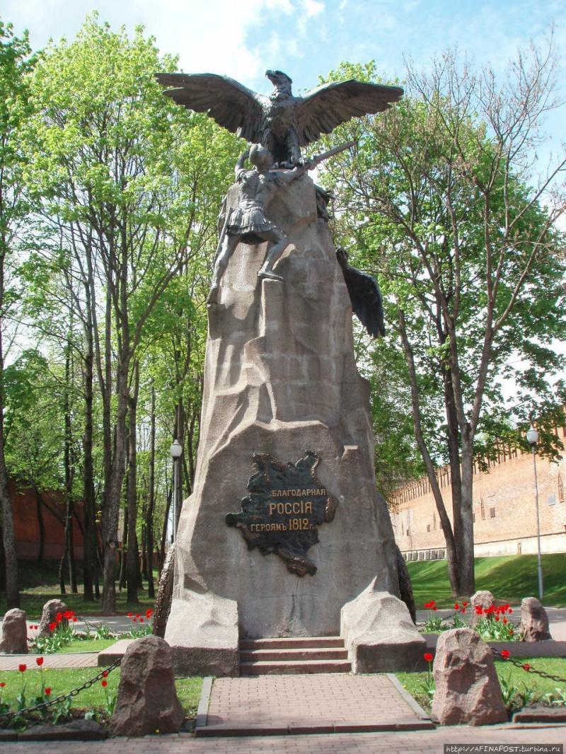 памятники смоленска фото и описание саратове возобновили
